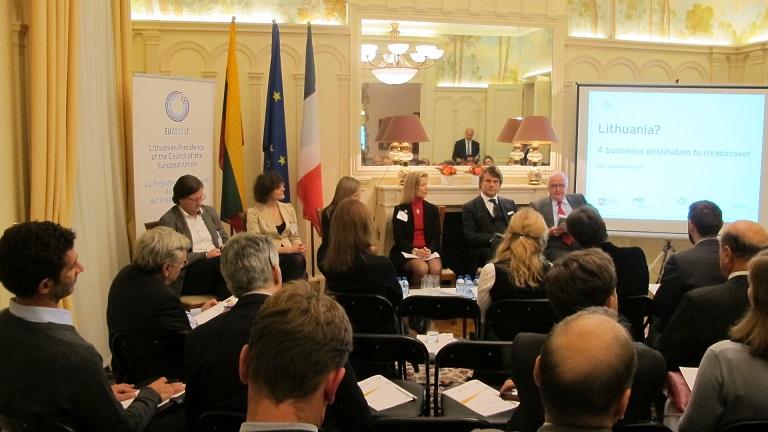 Ambasada Paryžiuje pristatė Lietuvą Prancūzijos investuotojams