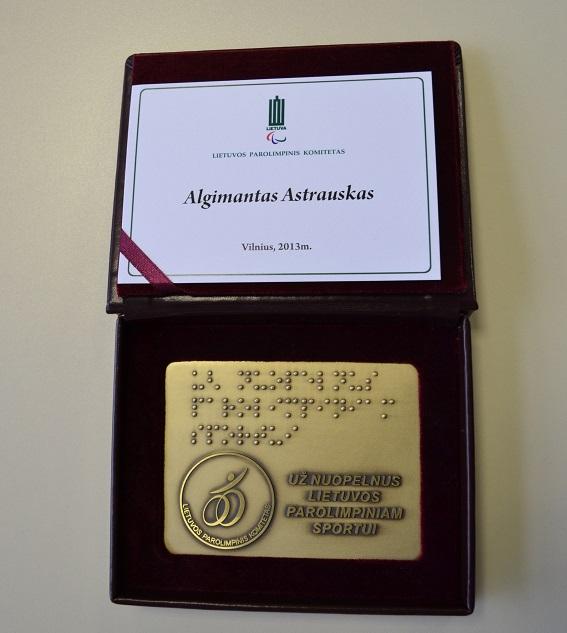 Apdovanotas A. Astrauskas