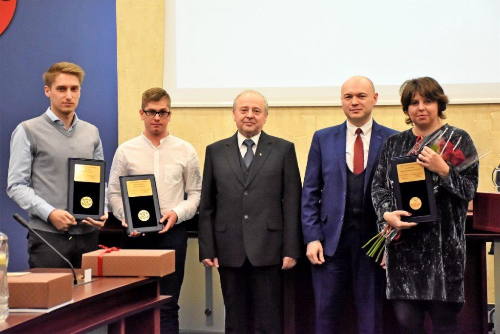 """Apdovanoti  konkurso """"Sukurta Jonavoje"""" nugalėtojai"""