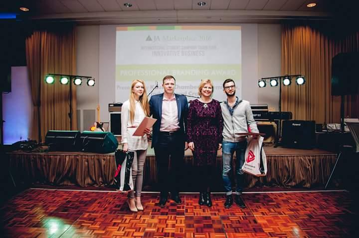 Apdovanoti tarptautinio mokinių mokomųjų bendrovių konkurso nugalėtojai