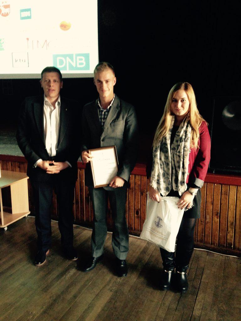 Apdovanotos šauniausios moksleivių mokomosios bendrovės