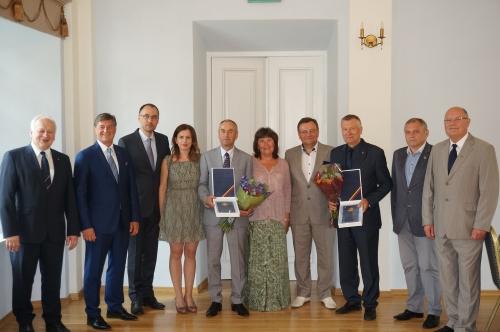 Aukščiausi Seimo apdovanojimai už nuopelnus valstybei – M. Rondomanskui ir Z. Dargevičiui