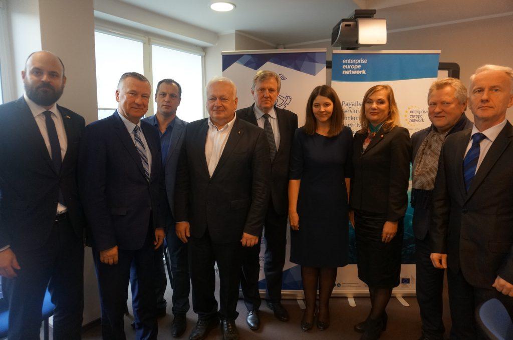 Diskusijoje su Seimo nariais – dešimtis aktualių temų