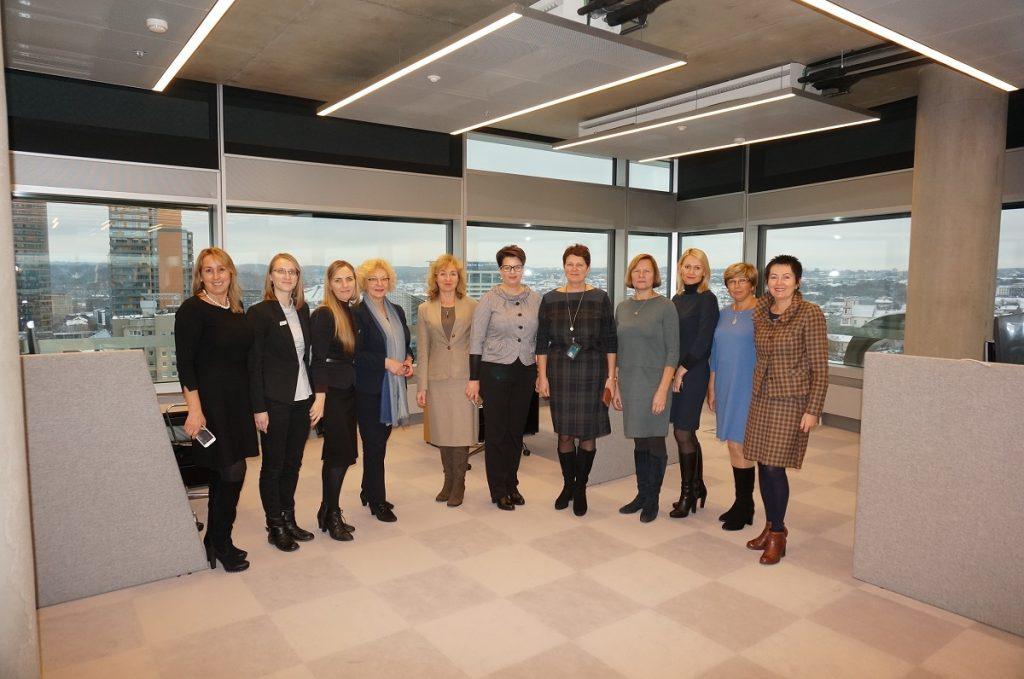 Finansininkų klubas lankėsi DNB naujajame biure Vilniuje