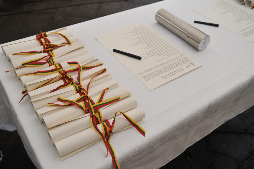 Lietuvos verslo alėja įtraukta į  Valstybės Šimtmečio dovanų sąrašą!