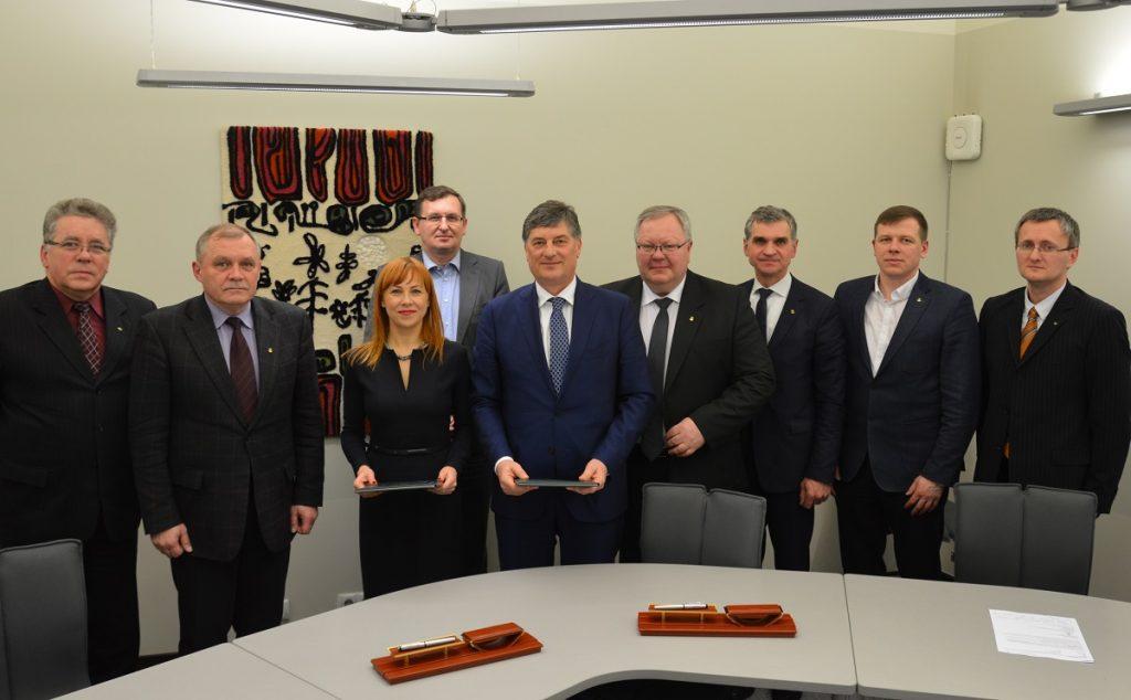 Pasirašyta bendradarbiavimo sutartis su Švietimo ir mokslo ministerija