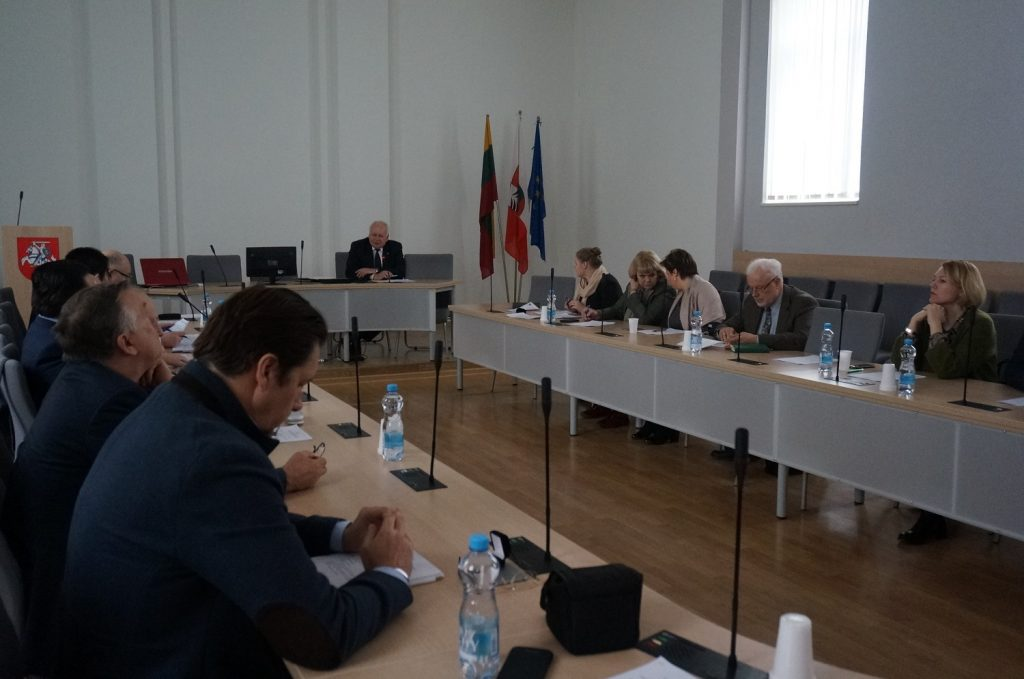 Pirmasis naujai išrinktos tarybos posėdis