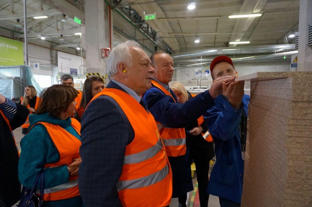 "Rūmų klubas ""IKEA Industry Lietuva"" Kazlų Rūdoje"