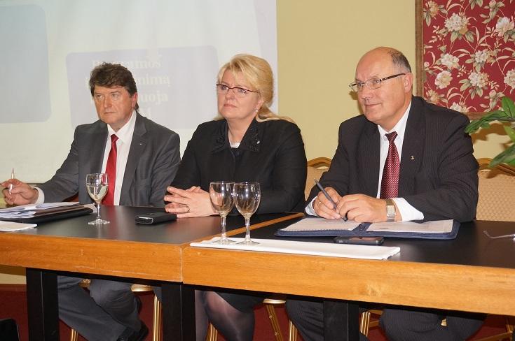 Su ministre A.  Pabedinskiene vežėjai aptarė verslo aktualijas
