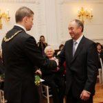 Sveikiname: rūmų prezidentui prof. M. Rondomanskui – Kauno Santakos garbės ženklas