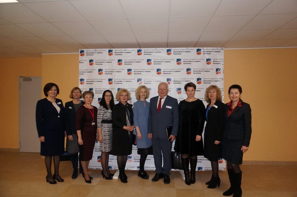 Tarptautinėje mokslinėje konferencijoje – Finansininkų klubo atstovai