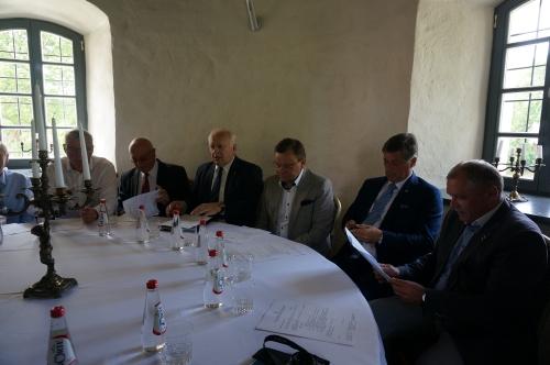 Tarybos nariai susitiko su Seimo pirmuoju vicepirmininku Vydu Gedvilu
