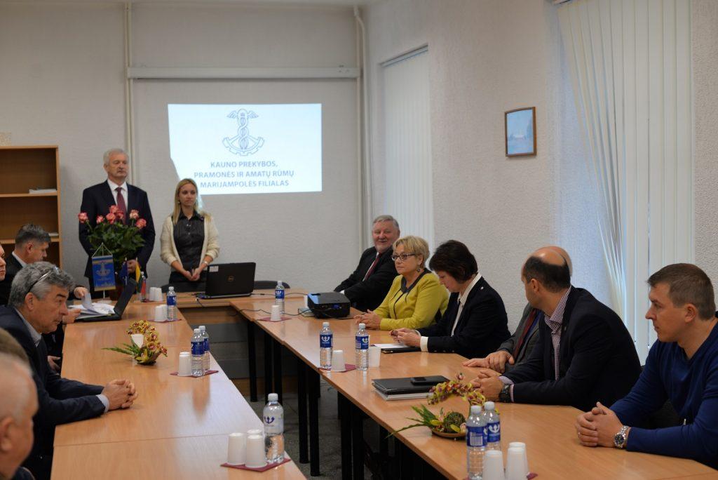 Verslo bendruomenės ir valdžios atstovų diskusija Marijampolėje