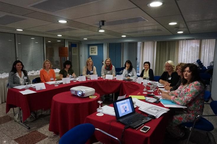Verslo moterys mokėsi Graikijoje