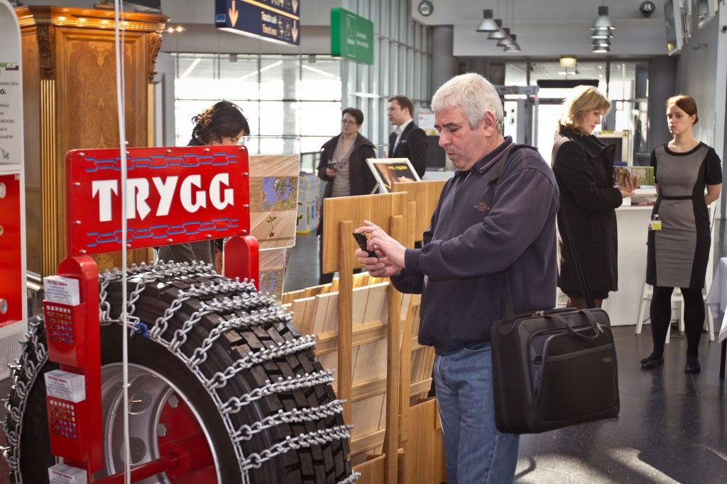 """Vilniaus oro uosto """"EXPO centre""""  prisistatančios šalies įmonės domina verslininkus iš viso pasaulio"""