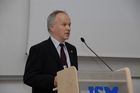 Vladui Lašui paskirta tarptautinė verslo Taikos premija