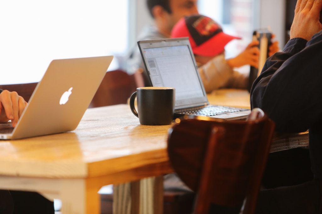 Darbuotojų teisės į privatų gyvenimą ir asmens duomenų apsaugą