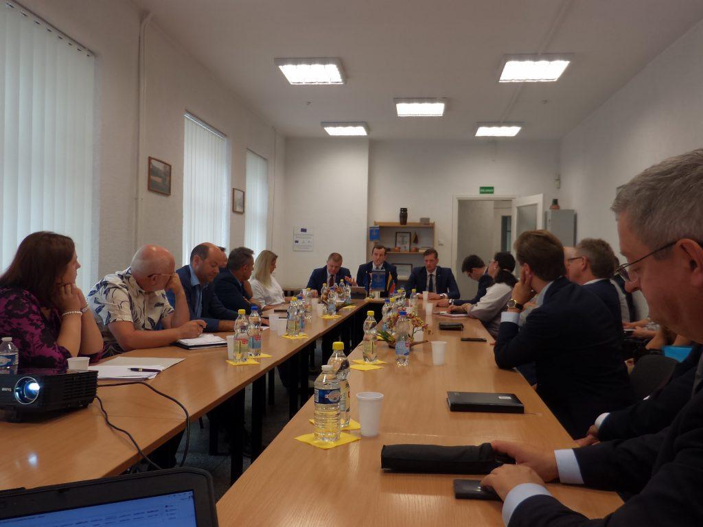 Susitikimas su ūkio ministru ir parlamentarais Marijampolėje